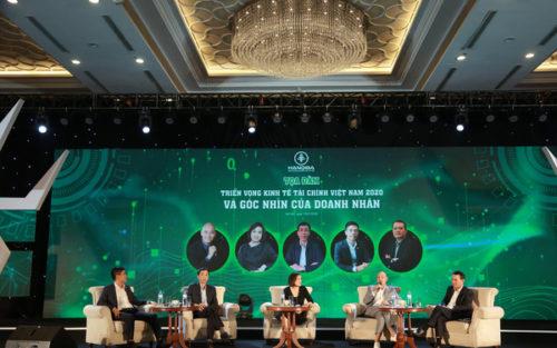 """Ông chủ hãng thời trang Aristino: Việt Nam chỉ giỏi may thôi, các doanh nghiệp vẫn sẽ gặp """"bất trắc"""" trước 3 đòi hỏi """"vô độ"""" của khách hàng"""